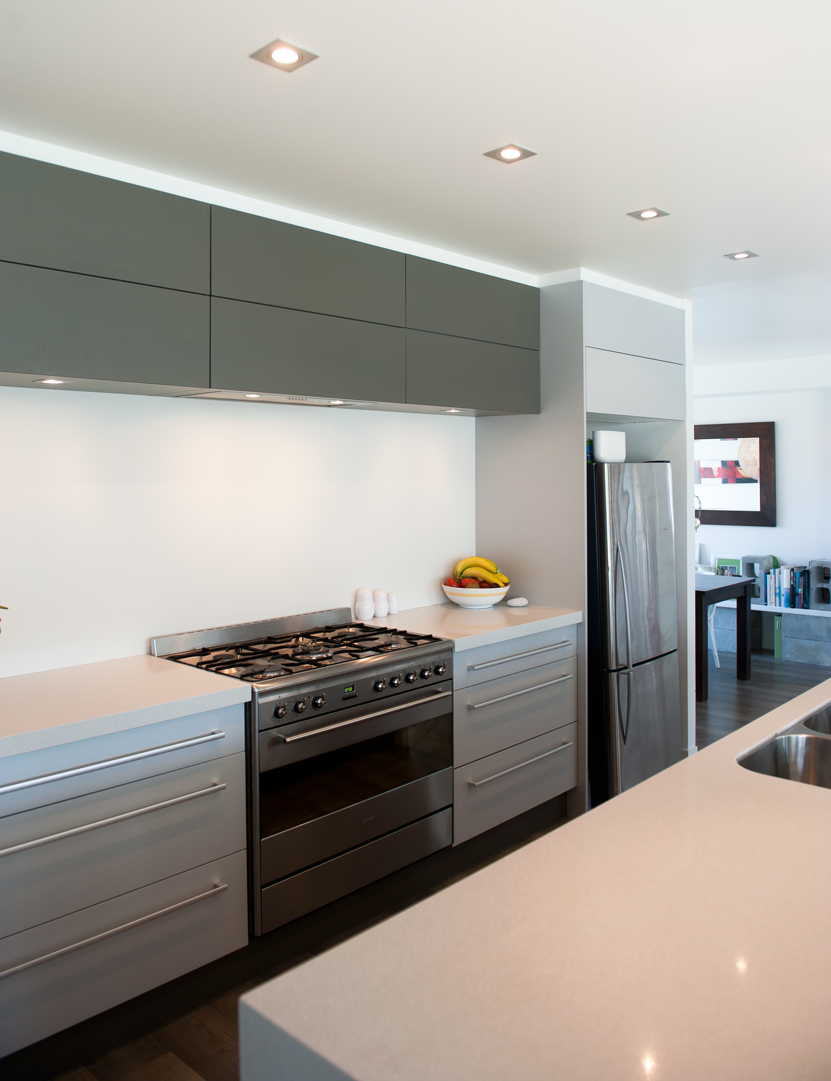 Modern kitchens for Modern kitchen gallery
